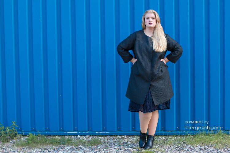 plus size blogger roxi zizzi black label coat formgefühl